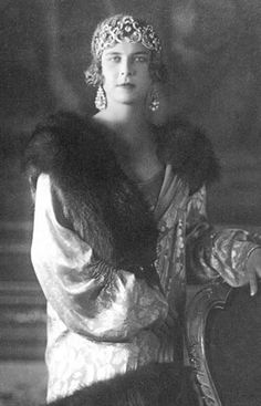 Queen Marie José of Italy wearing one of the many versions of Queen Margherita's Musy tiara.
