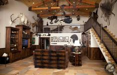 Woodworking Furniture, Fine Woodworking, Man Cave Office, Wayne Manor, Gun Rooms, Trophy Rooms, Log Homes, Game Room, Wood Projects