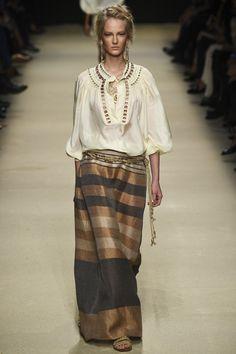 http://www.vogue.com/fashion-shows/spring-2016-ready-to-wear/alberta-ferretti/slideshow/collection