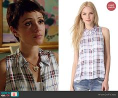 April's plaid sleeveless blouse on Chasing Life.  Outfit Details: http://wornontv.net/46656/ #ChasingLife