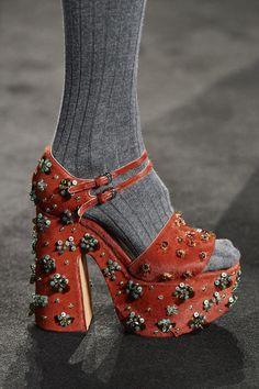 Rochas at Paris Fashion Week Fall 2020 - Details Runway Photos Sock Shoes, Cute Shoes, Me Too Shoes, Runway Shoes, Fashion Week, Daily Fashion, Paris Fashion, Street Fashion, Aesthetic Shoes