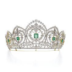 PROPERTY OF A EUROPEAN NOBLE FAMILY: Emerald and diamond tiara, circa 1910. Of…
