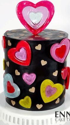 Chocolate Decorations, Cake Decorations, Cake Decorating Techniques, Decorating Tips, Fun Baking Recipes, Cake Recipes, Robot Cake, Cauldron Cake, Chocolate Ganache Cake