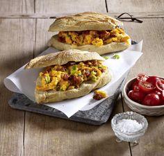 Unser beliebtes Rezept für 15-Minuten-Baguette mit Chorizo-Rührei und mehr als 55.000 weitere kostenlose Rezepte auf LECKER.de.