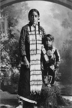 Cree girl and her brother - 1897