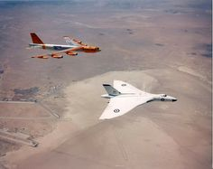Avro Vulcan and Boeing B-52, the greatest of subsonic jet powered bombers of the 50's! #Aether