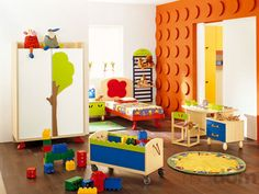 lego wall in kids´ room