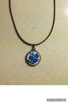 Handmade Necklaces, Pendant Necklace, Jewelry, Jewlery, Jewels, Jewerly, Jewelery, Drop Necklace, Homemade Necklaces