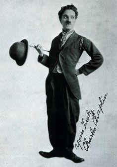 """Hartsook portrait of """"the tramp"""" 1916"""