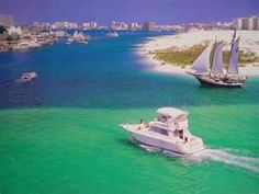 Destin, Florida - Great beaches and world class deep sea fishing (largest fishing vessel fleet in the state of Florida)