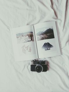 ImageFind images and videos about camera on We Heart It - the app to get lost in what you love. Tumblr Photography, Photography Ideas, Vintage Cameras, Moleskine, Artsy, Hipster, In This Moment, Creative, Pictures