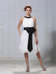 A-line Scoop with Bow Knee Length Chiffon Homecoming Dress HD1938 www.homecomingstore.com $118.0000
