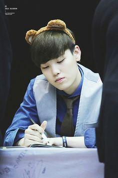 Zelo omg he looks so cute!