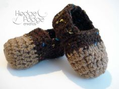 Cheeky Monkey Booties by Tanya Naser | FREE Crocheting Pattern