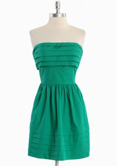 """Galant Strapless Dress By Jack 69.99 at shopruche.com. We adore the fresh green hue of this cotton strapless dress designed by Jack. Refined with built in cups, boning for a structured bodice, and hidden side pockets. Fully lined. Side zipper closure.100% Cotton, Imported, 28.5"""" length from top of bust"""