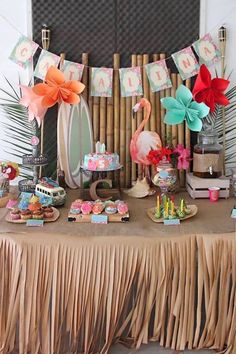 Feel the island breeze as you take in the details in this Tropical Hawaiian Birthday Party at Kara's Party Ideas. See the luau party style decor, and more! Aloha Party, Hawai Party, Hawaiian Luau Party, Hawaiian Birthday, Beach Party, Hawaiin Theme Party, Flamingo Party, Flamingo Birthday, Moana Party