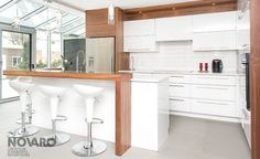 images like Cuisine contemporaine Pure visit us and get your ideas Condo Kitchen, Kitchen Dinning, Home Decor Kitchen, Interior Design Kitchen, Home Kitchens, Home Upgrades, House Layouts, Living Room Designs, New Homes