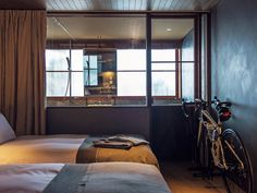 雑誌『カーサ ブルータス』編集部が提供するwebマガジン。デザイン、ファッション、建築、グルメ、旅行、アートなど、毎日を楽しくする「暮らしのデザイン」情報を配信しています。。谷尻誠がリノベした空間にホテルが誕生。