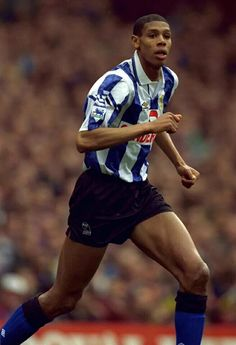 Carlton Palmer Football Program, Football Team, Sheffield Wednesday Fc, Yorkshire England, Soccer Players, Athlete, Running, Stars, Sport