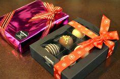 Cukrárna Moje cukrářství - pralinky Gift Wrapping, Gifts, Gift Wrapping Paper, Presents, Wrapping Gifts, Favors, Gift Packaging, Gift