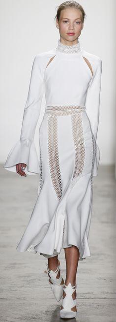Jonathan Simkhai Fall 2016 Ready-to-Wear Fashion Show