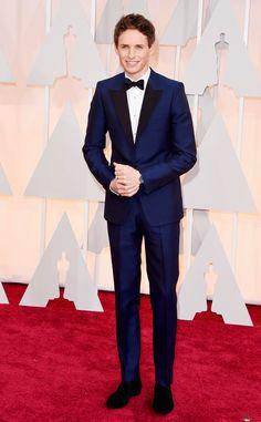 LOVE the blue tux look! #RedCarpet
