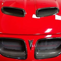 GTO and Carbon Fiber always a good match! SAP Grilles and Hood Scoops in Real Carbon Fiber