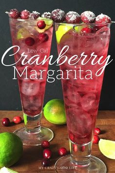 Magnificent Low-Cal Cranberry Margarita recipe Day Fix friendly!) The post Low-Cal Cranberry Margarita recipe Day Fix friendly!)… appeared first on Recipes . Holiday Cocktails, Cocktail Drinks, Cocktail Recipes, Holiday Alcoholic Drinks, Christmas Party Drinks, Christmas Drinks Alcohol, New Years Cocktails, Gold Drinks, Thanksgiving Cocktails