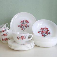 Vintage 16 pc Fire King Primrose Dish Set 4 sets by ThePretendDen