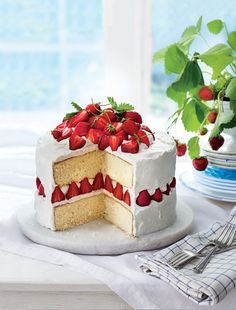 Luscious Layer Cake (Hummingbird Cake)