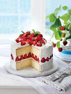 Luscious Layer Cake (Hummingbird Cake)