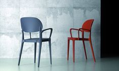 Stackable technopolymer chair AMY | Chair with armrests - ALMA DESIGN