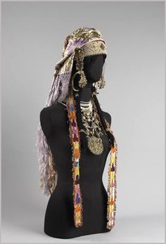 The Jewellery of Urban Jewish Brides in Morocco (Sefrou) | © The Israel Museum, Jerusalem