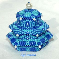 Beaded boxes by Agnes Nyisztor