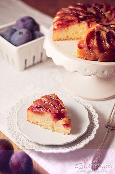 Italian Plum Upside Down Cake from Bakingdom