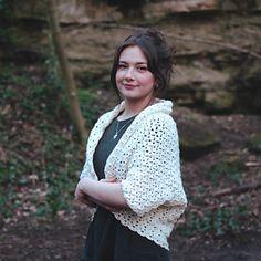 Ravelry: Elegant Cocoon Cardigan pattern by Sunflower Cottage Crochet Cocoon Cardigan, Shrug Cardigan, Cardigan Pattern, Crochet Cardigan, Sweater Patterns, Figure Photo, Free Pattern, Crochet Patterns, Cottage