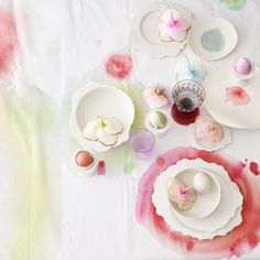 Love the tablecloth treatment. I think this is paper - could it work with fabric?  Styling Spotlight... Dietlind Wolf   Heart Home magazine