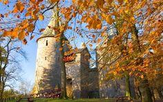goIOE - Những lâu đài lung linh ở 'xứ sở sương mù'