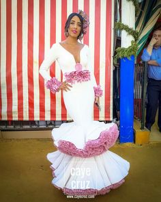 Flamencas Fiesta Outfit, Spanish Dancer, Fashion Illustration Dresses, Flamenco Dancers, Dream Wedding, Fashion Dresses, Fancy, Costumes, Wedding Dresses