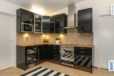 Myytävät asunnot, Granbackantie, Sipoo #oikotieasunnot #keittiö