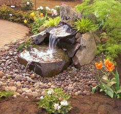 Ideas backyard water feature dry creek bed for 2019 Outdoor Water Features, Water Features In The Garden, Small Water Features, Backyard Water Feature, Ponds Backyard, Backyard Waterfalls, Garden Ponds, Water Falls Garden, Modern Water Feature