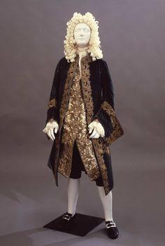 Suit, 1710′s  From the Galleria del Costume di Palazzo Pitti via Europeana Fashion