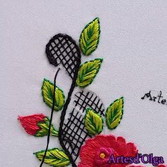 hand embroidery stitches tutorial step by step Basic Embroidery Stitches, Hand Embroidery Videos, Embroidery Stitches Tutorial, Embroidery Flowers Pattern, Creative Embroidery, Silk Ribbon Embroidery, Crewel Embroidery, Hand Embroidery Designs, Cross Stitch Embroidery