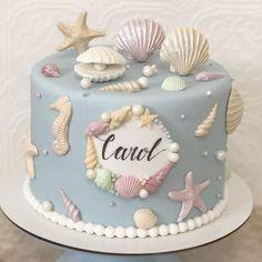 Candy Birthday Cakes, Fish Cake Birthday, Mermaid Birthday Cakes, 1st Birthday Cake Smash, Beautiful Birthday Cakes, Mermaid Cakes, Birthday Cake Girls, Birthday Wishes, Cake Decorating Piping