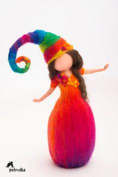 Rainbow Elves Magic Waldorf inspired by PETRUSKAfairyworld - Trend Baby Rainbow 2020 Wool Needle Felting, Needle Felting Tutorials, Wet Felting, Felt Crafts, Fabric Crafts, Rainbow Fairies, Felt Angel, Elf Doll, Felt Fairy