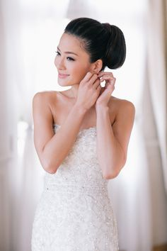 Subtle bridal makeup look perfect for a day wedding // 10 Timeless Bridal Hair and Makeup Styles from Beauty Expert Candy Tiong
