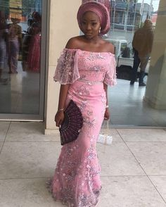 There are a lot of ways to enable oneself look fabulous with an aso ebi styleNigerian Yoruba dress styles , Even if you are thinking of what to create and slay with an latest asoebi styles. aso ebi style for outings come in a lot of patterns and designs. Nigerian Lace Dress, Nigerian Dress Styles, Ankara Dress Styles, Ankara Tops, Nigerian Bride, African Lace Styles, African Lace Dresses, African Fashion Dresses, African Clothes
