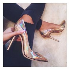 10 Admired Clever Tips: Shoes Storage College shoes boots ideas.Shoes For Girls Pretty shoes tacones comodos. Dream Shoes, Crazy Shoes, Me Too Shoes, Heeled Boots, Shoe Boots, Shoes Heels, Louboutin Shoes, Nike Heels, Tan Heels
