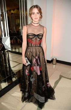 4 Amazing Red Carpet Looks That Subtly Nod to Halloween via @WhoWhatWear