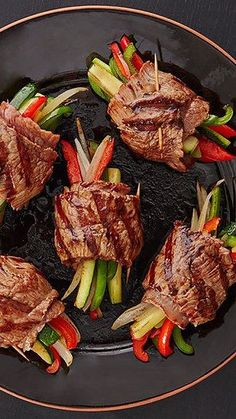 Try these healthy lowcarb recipe ideas youll actually be excited about from stylecaster Tablespoons Balsamic Glazed Steak Rolls Lunch Recipes, Beef Recipes, Cooking Recipes, Cooking Grill, Recipies, Pepper Recipes, Cooking Fish, Cooking Salmon, Flour Recipes
